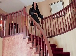 Mandy masturbates in stockings and jackknife high-heeled shoes