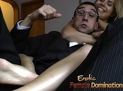 Slutty tart receives fated wide added to has her bawdy cleft satisfied on every side fucktoys