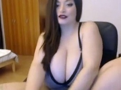 Big Curvy BBW Subfusc Cam Show Hold out against www.FreeSlutsCam.com