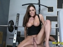Heavy Special Mummy Wife Fucks Young Gym Instructor